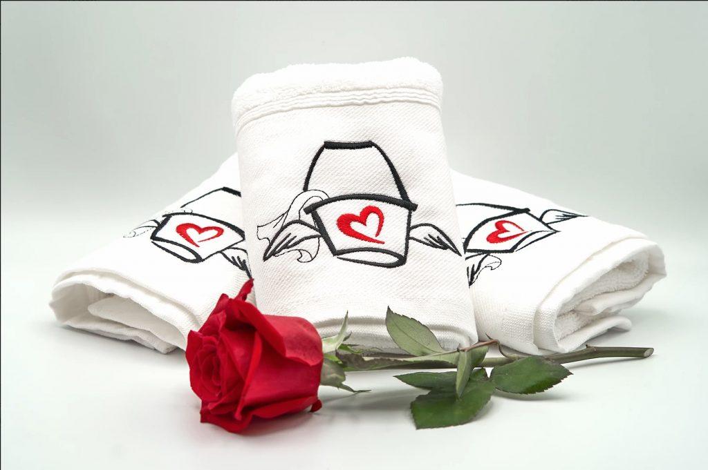 Love Mop : demandez votre serviette à sperme !
